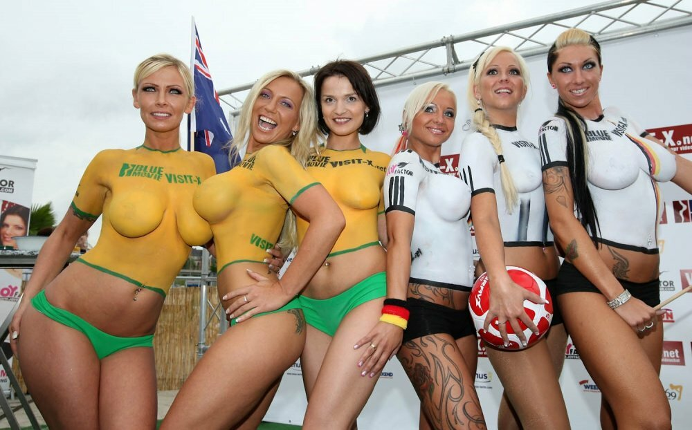 Hot naked girls in jerseys — 15