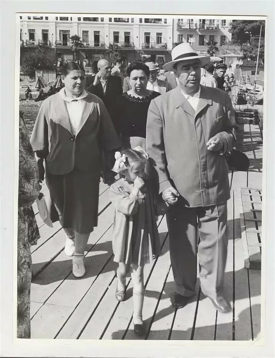 фото брежнев и его семья смотреть фотографии одной