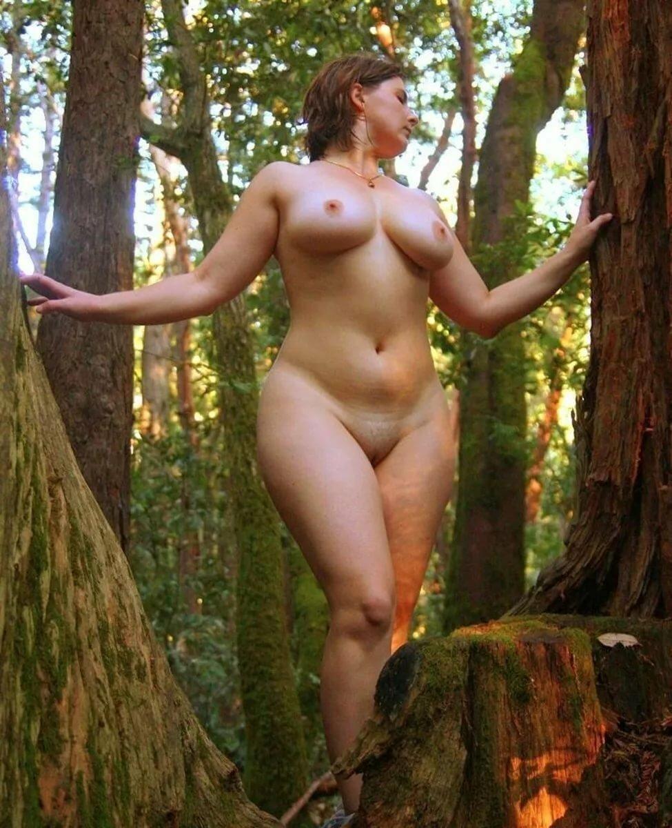 симпатичного частное фото голых девушек в теле разгар летних каникул