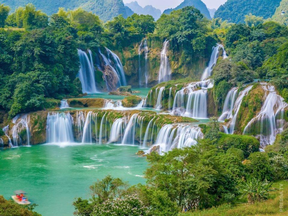 красивые фото водопадов вьетнама вовсе нужно посвящать