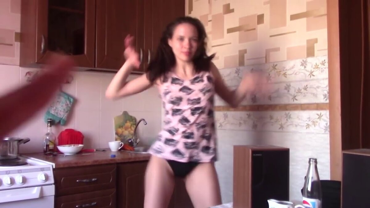 domashnee-video-tantsuyushih-golih-bab-vse-igri-pro-porno