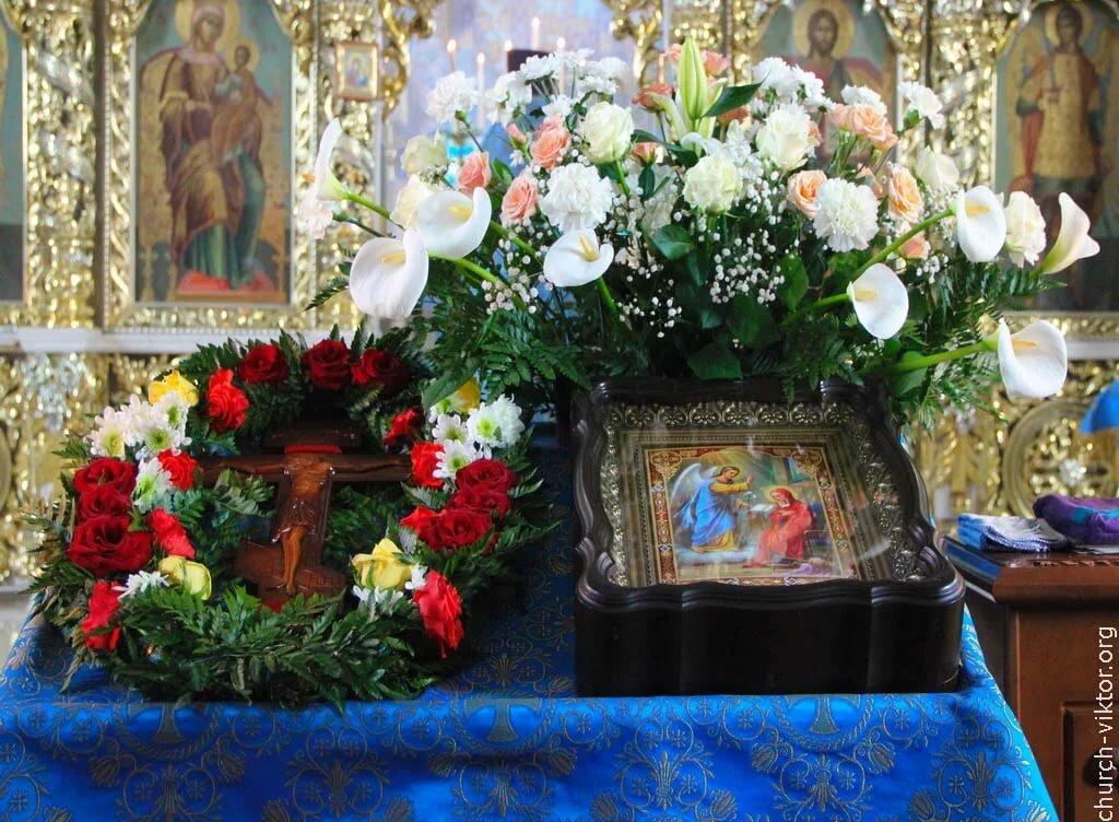 Каким цветом цветы подарить матроне, цветов спб васильевском