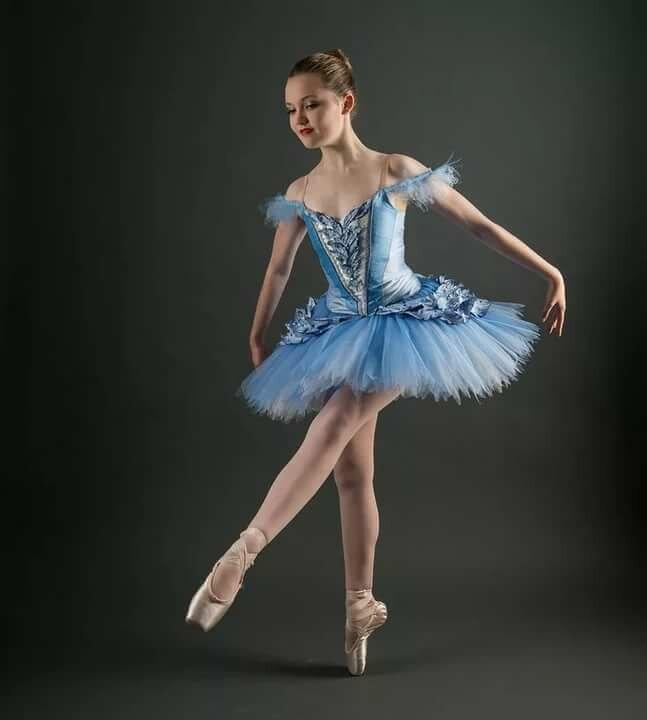 Картинка костюмы в балете