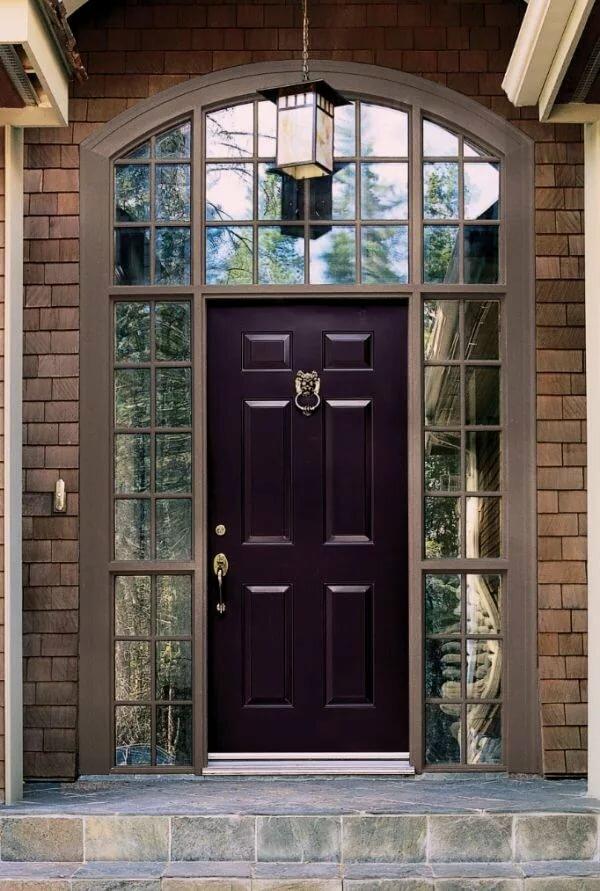Дверь в коттедж картинка