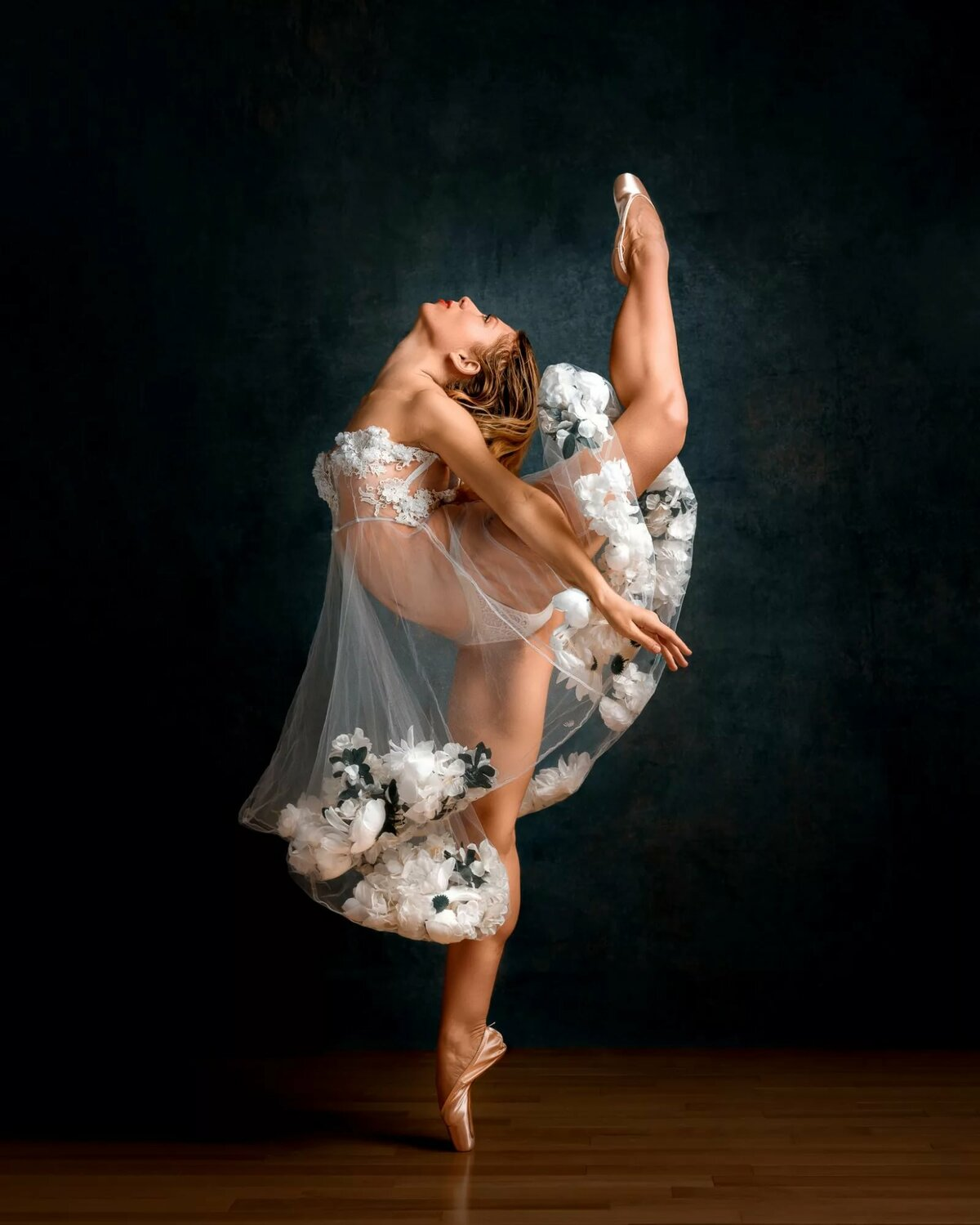 Танцовщица красивая картинка