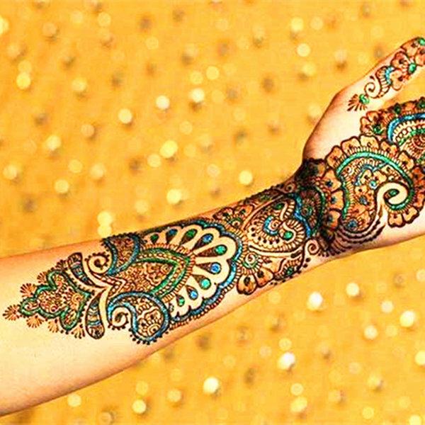 Картинка с разноцветными декоративный шов