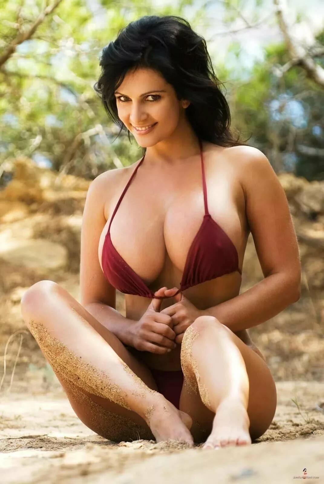 Nude Large Nipples