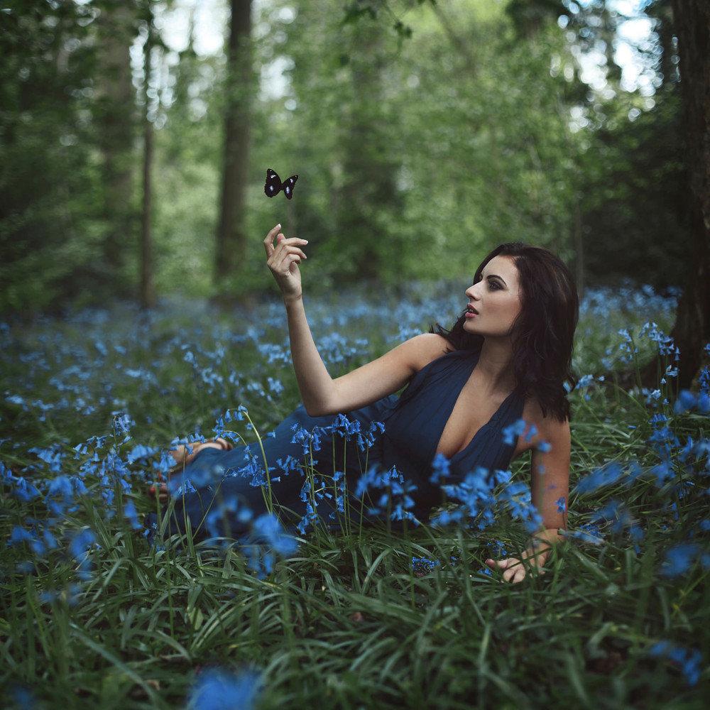 Красивый фотосет в лесу идеи