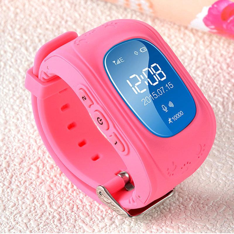 Детские наручные часы с телефоном
