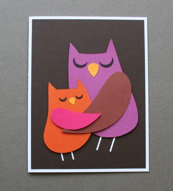 Открытка мама сова и совенок обнимающиеся своими руками, картинки