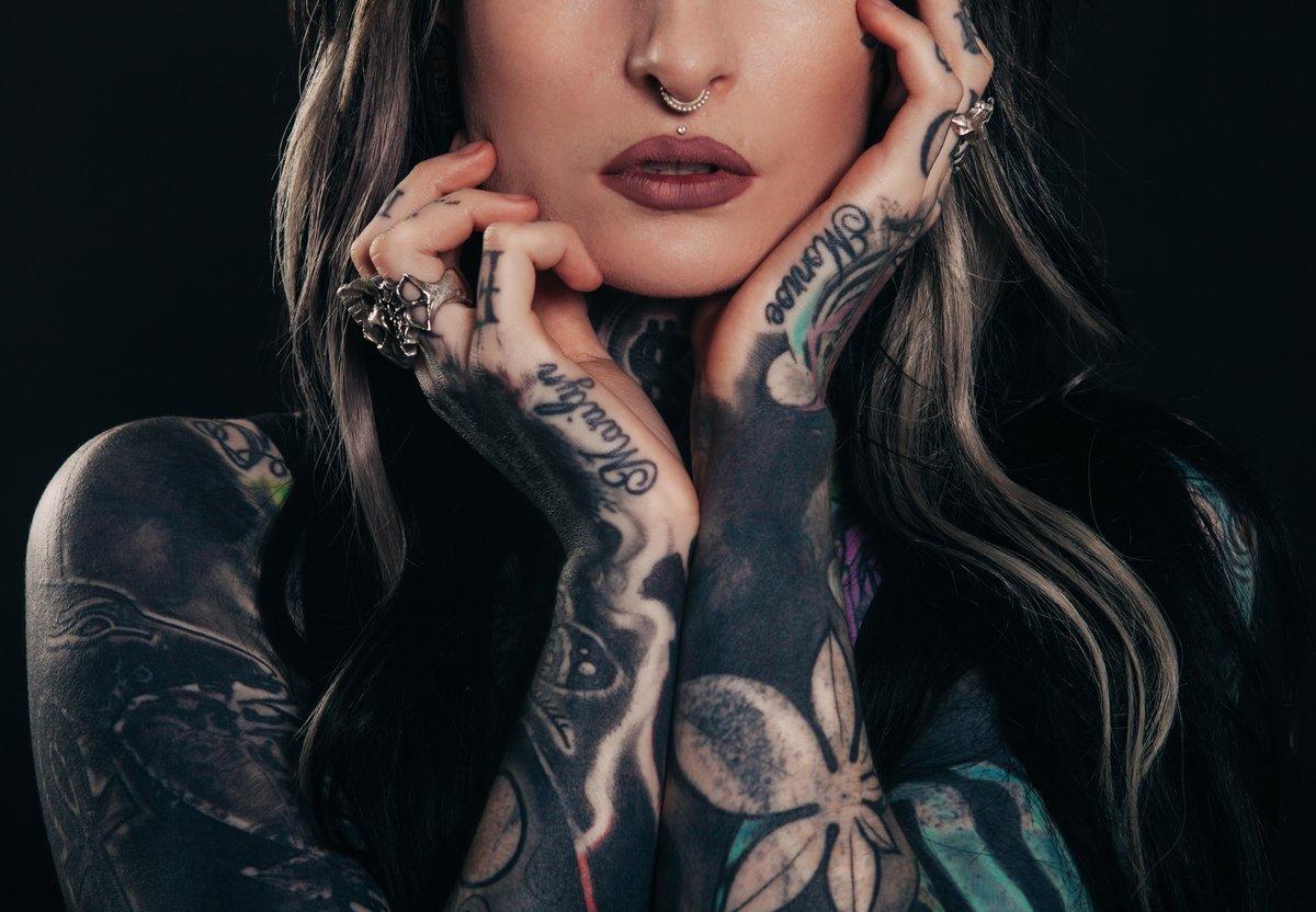 Картинки с татуировками девушки