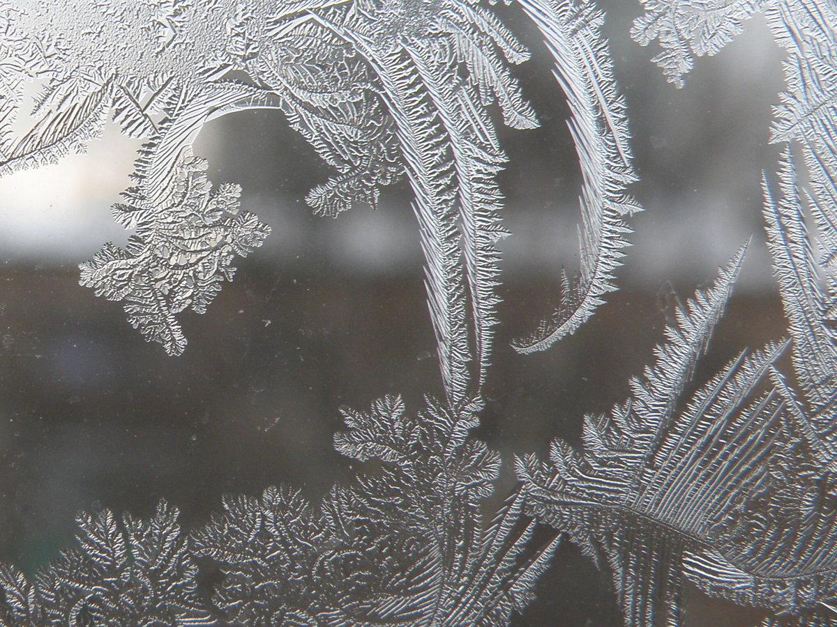 Картинки стекла с узором зимой