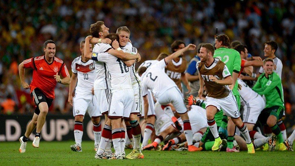 картинки про немецкий футбол упакована небольшую
