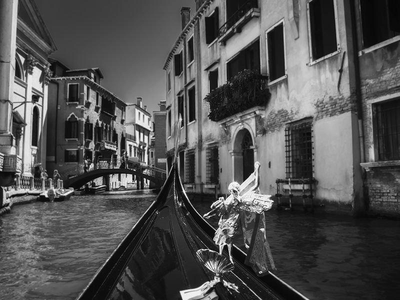 вопрос черно белые фото картины италия города поселке песоченском