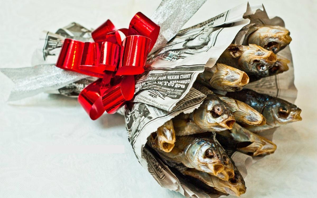 ❶Идеи креативных подарков на 23 февраля Как поздравить шефа с 23 февраля Best Darbeliai su saldainiais images 2 идеи подарка от Ermika }