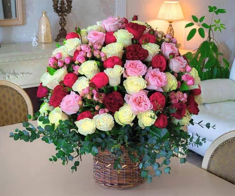 Безумно красивый букет из роз