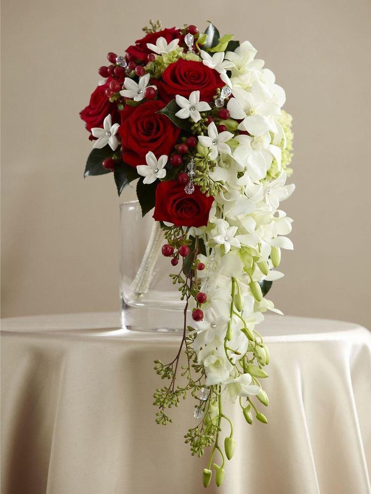 Букет каскад свадебный, цветы оранжереи сифибра