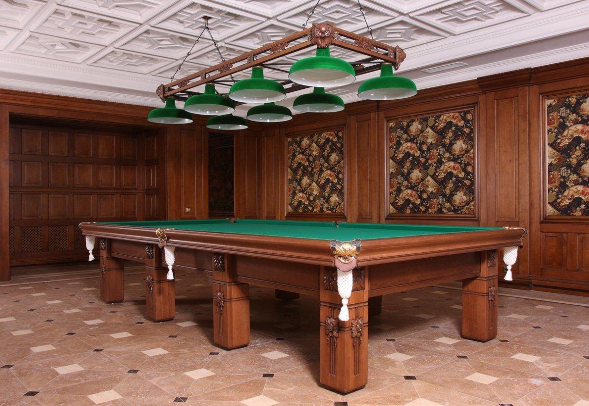 Стоит ли выбирать эксклюзивные столы для бильярда – преимущества и недостатки этих вариантов