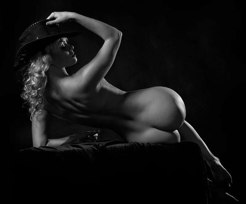cherez-eroticheskiy-foto-shedevr