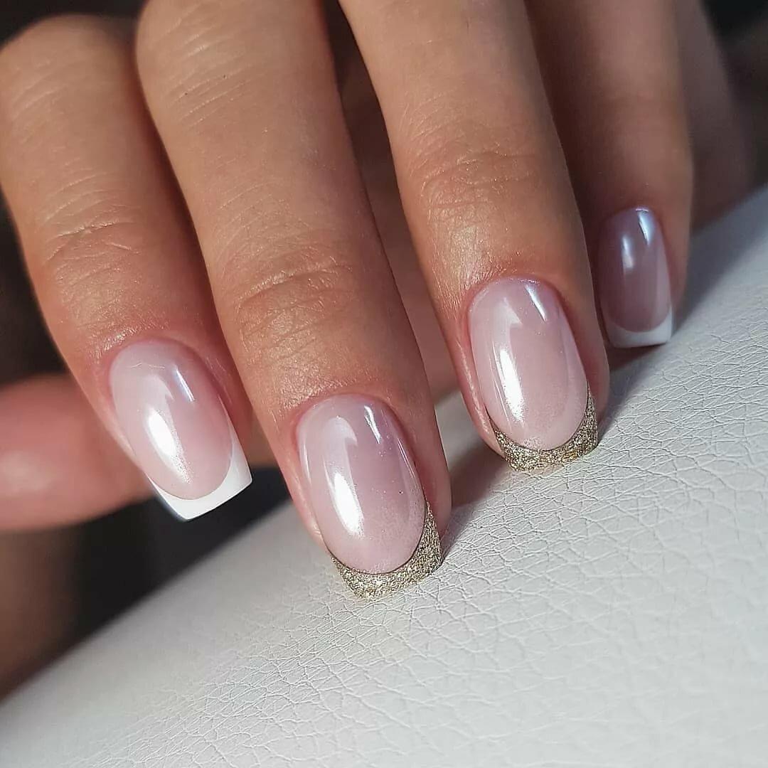 френч на ногтях фото серебро засаженным липами