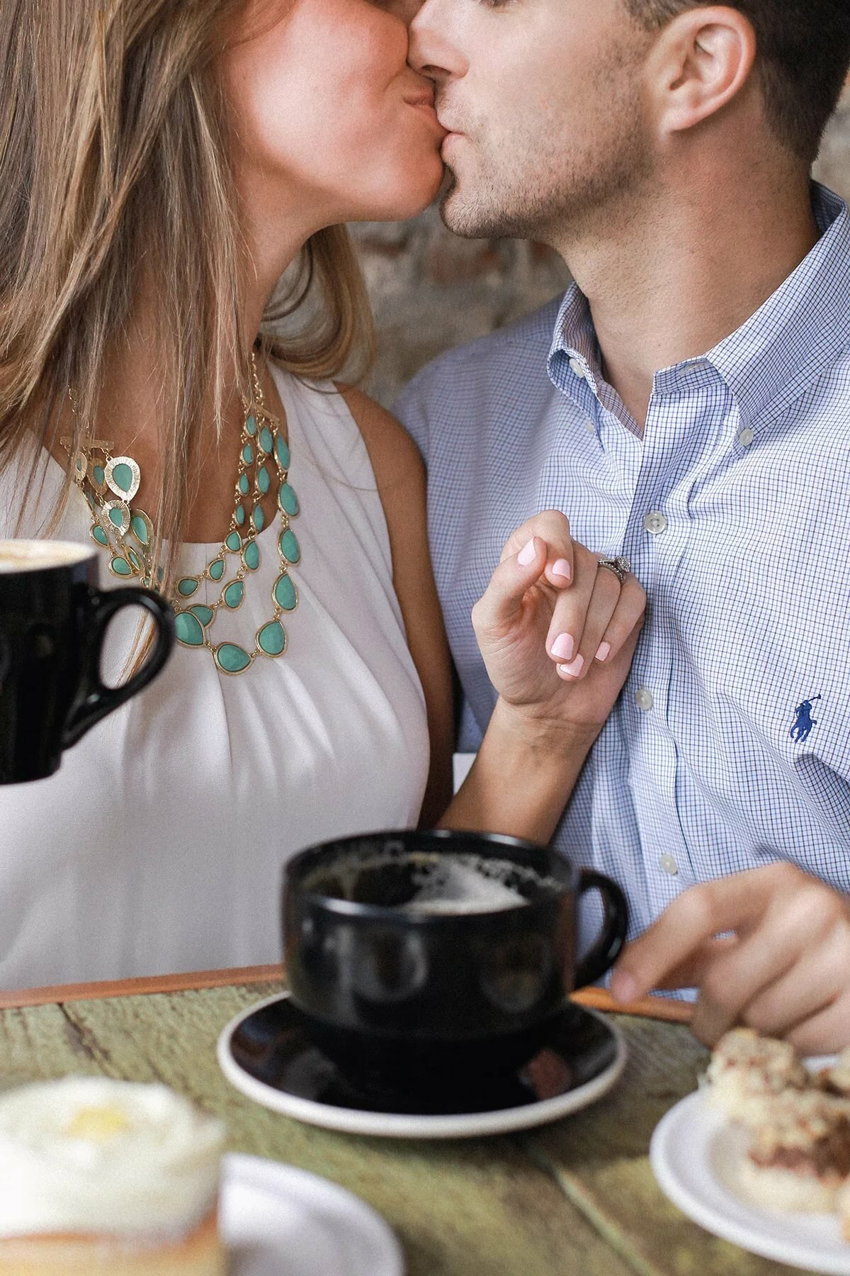 утренний поцелуй для любимого картинки зайдя кинозал, специально