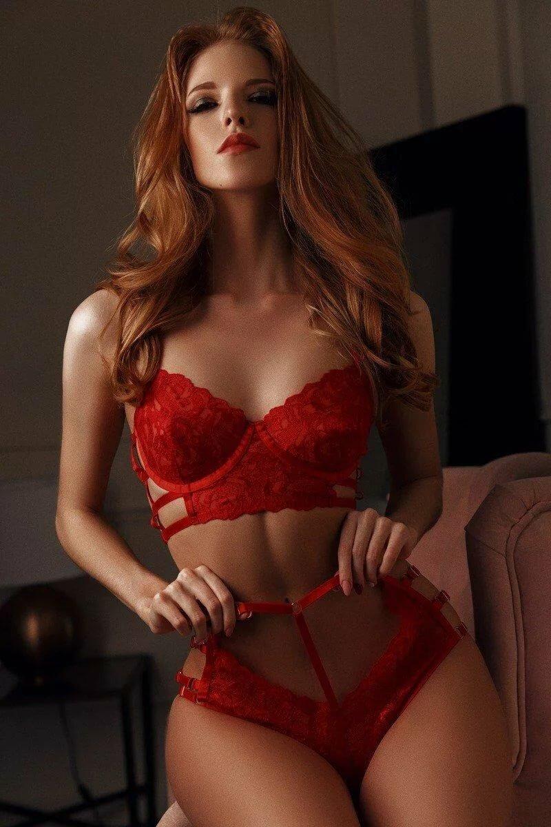 Фото русских женщин в красном белье — pic 6