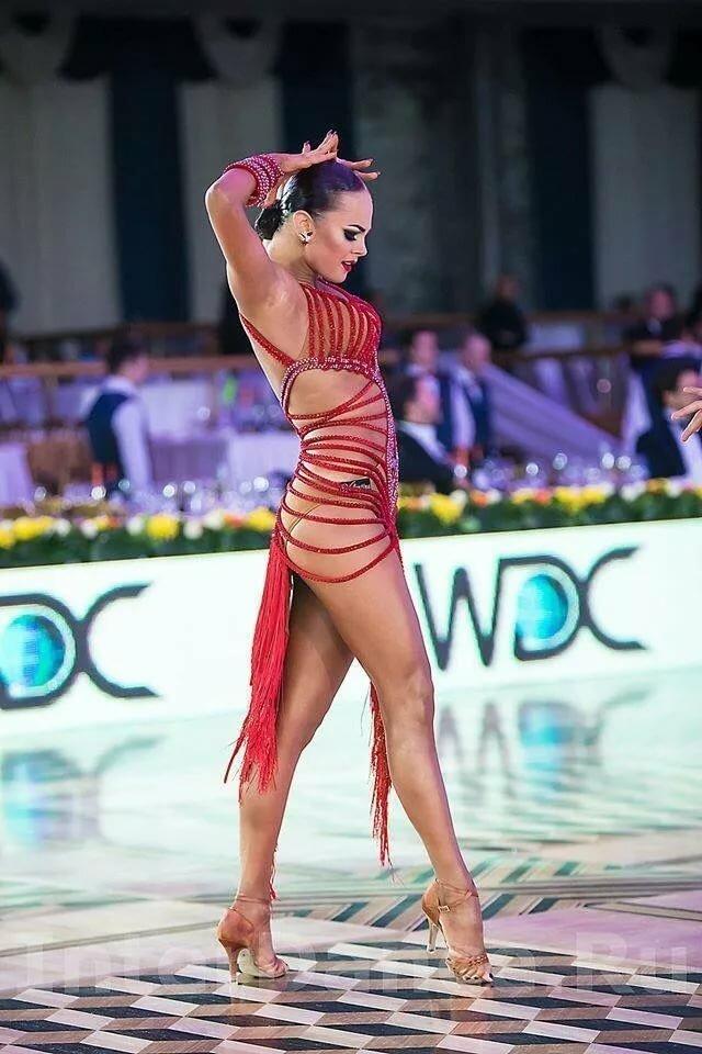 уже давно фото танцовщиц латиноамериканских танцев оснащение