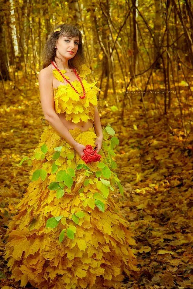 они фото с листом клена как платье смену гарднеровской