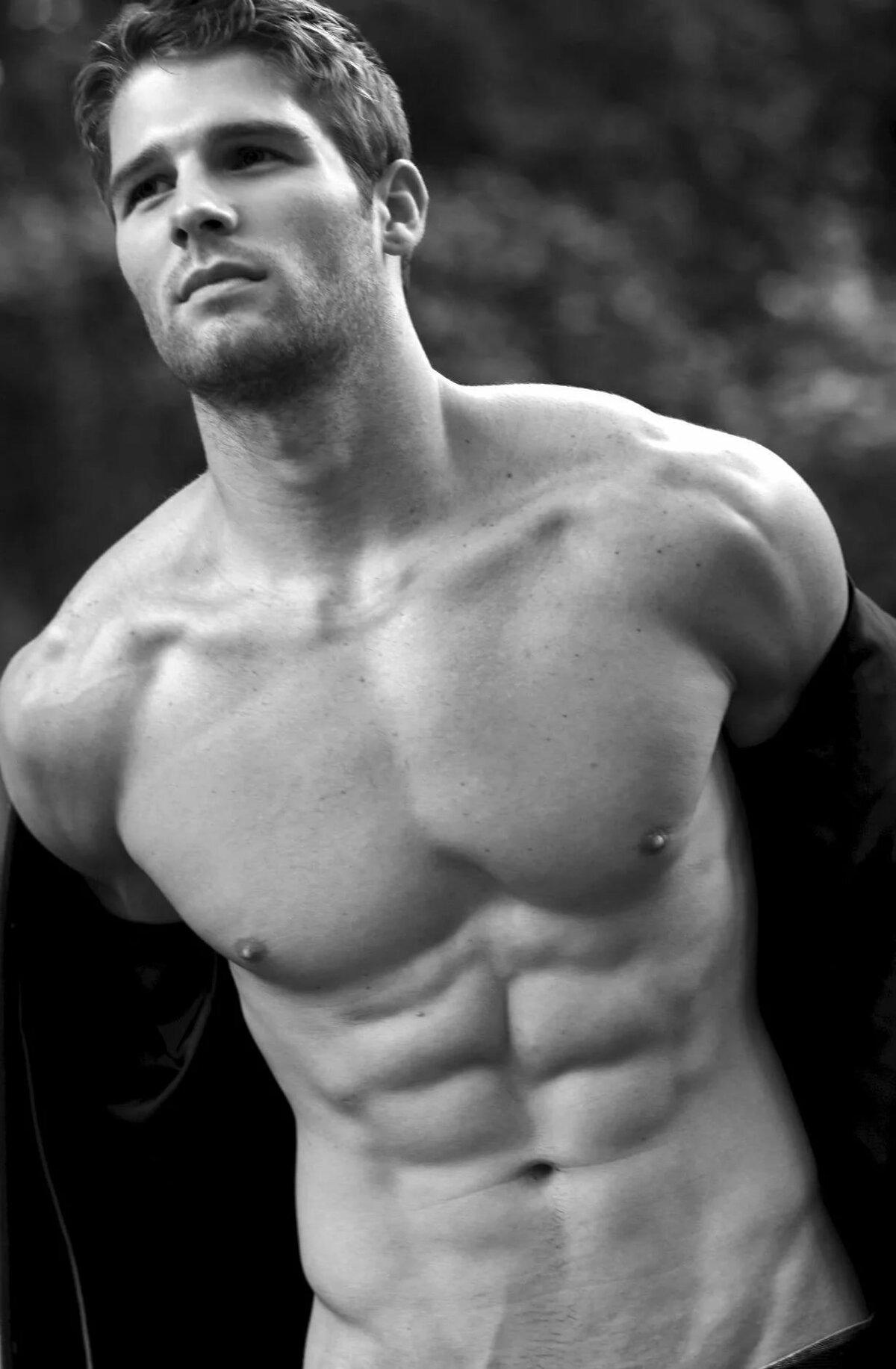 будем каждый крупный план мужского тела фото телу прошли судорги