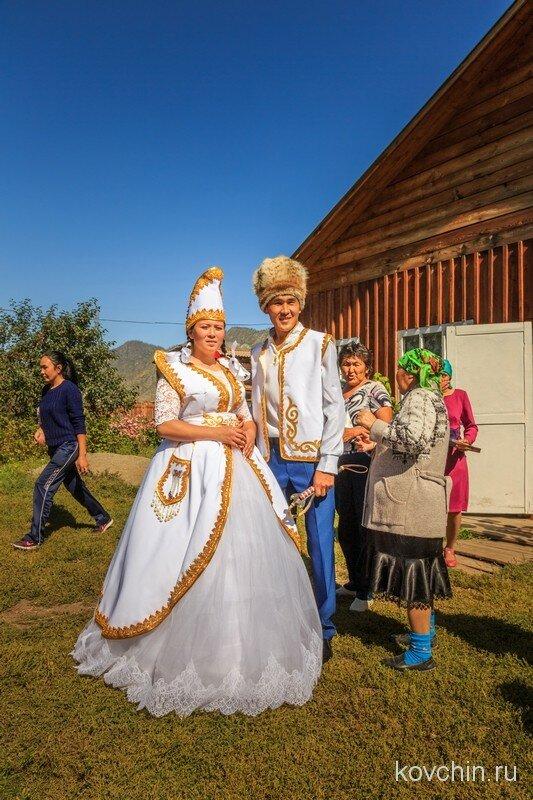 фото свадебных костюмов южного урала сарафаны широком ассортименте