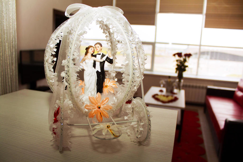 Поздравления на свадьбу от компании друзей свой