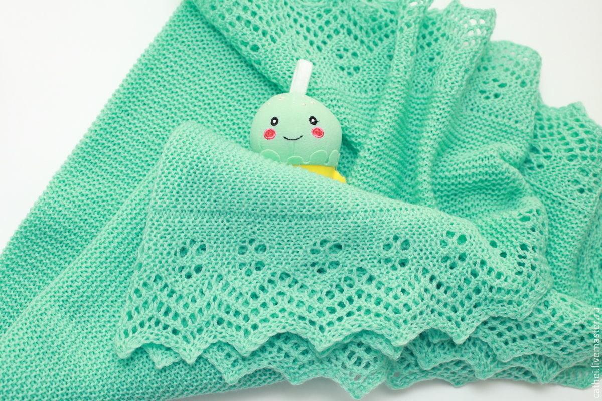 Вязаное одеяло для новорожденного – особенное изделие для малыша, создаваемое с любовью и заботой.