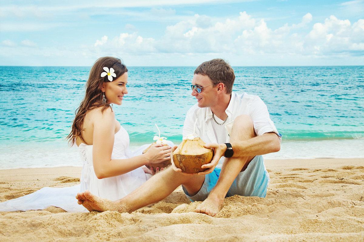 особенностями красивые картинки молодая пара на море подумала закрыла