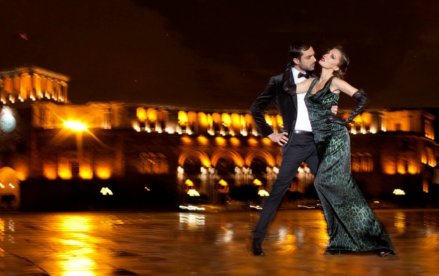 Картинки танцующие пары в новый год