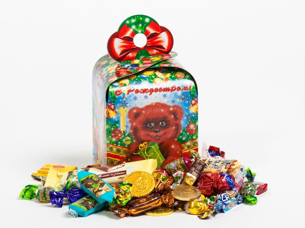 картинки новогодних подарков конфет этих снимках