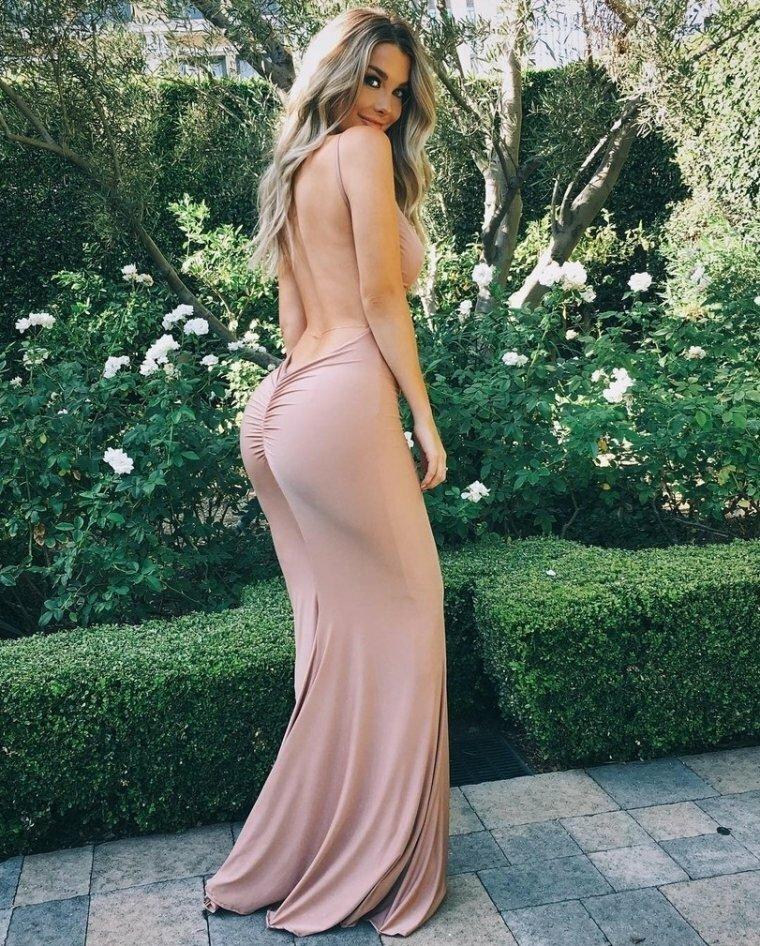 Sexy Girls In Tight Dresses Sgitd Fappenist 1