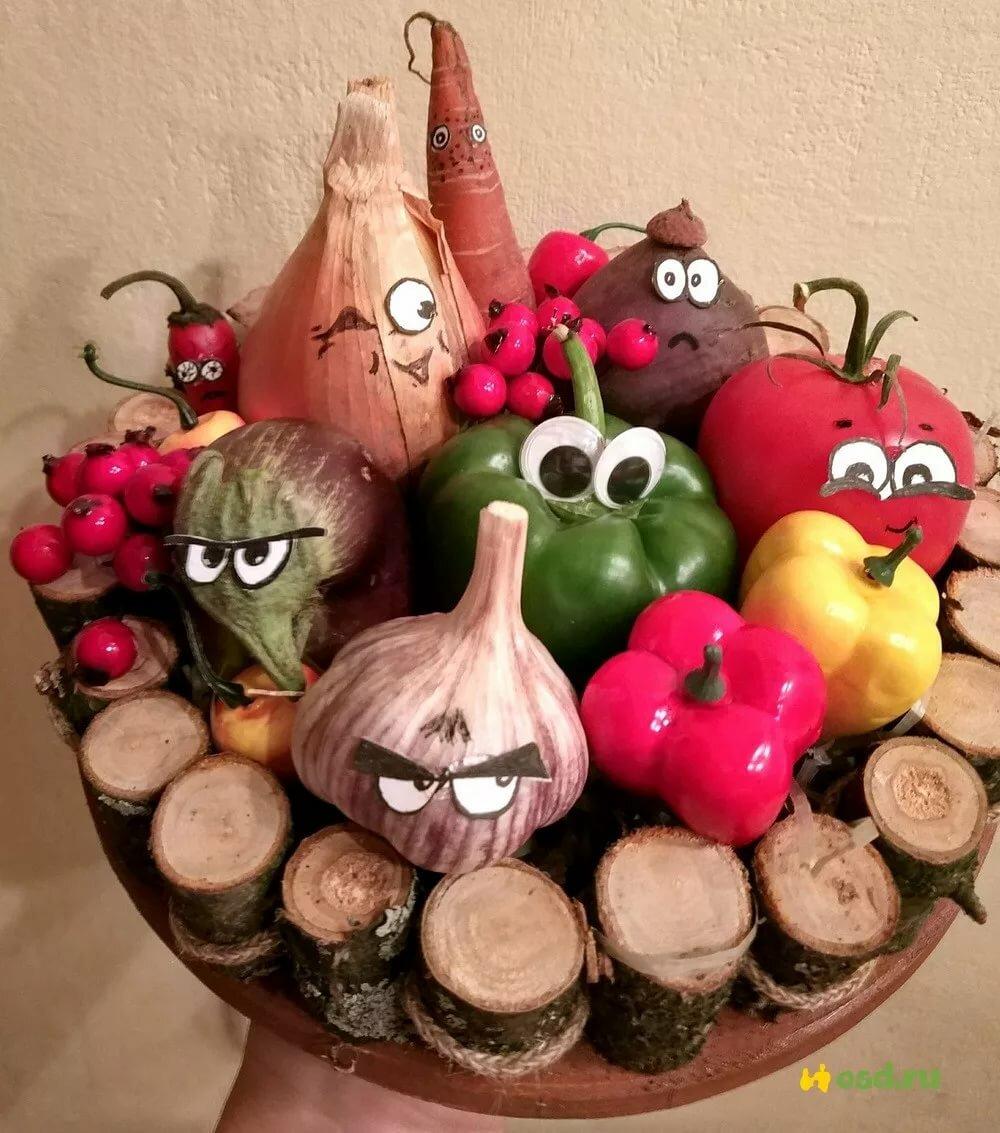 Поделка веселые овощи