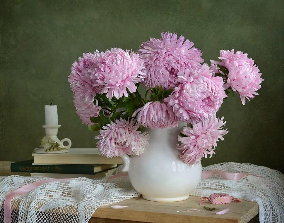 модель стала букеты хризантем в вазе фото удивительно, что