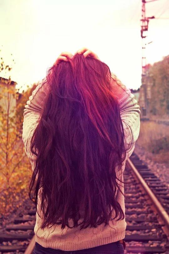 Картинки на аву для девушек темные волосы