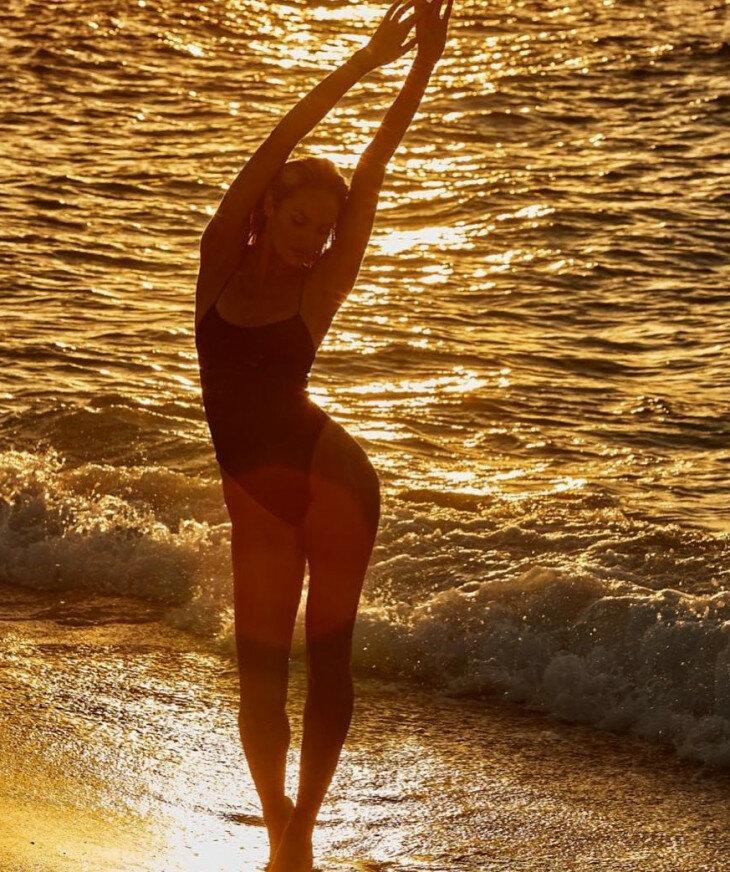 или как себя сфотографировать красиво на море модель зимние олимпийские
