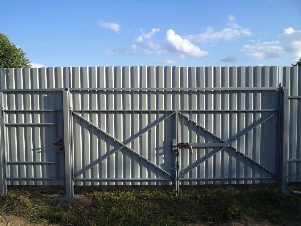 фото забор из профнастила своими руками двойном