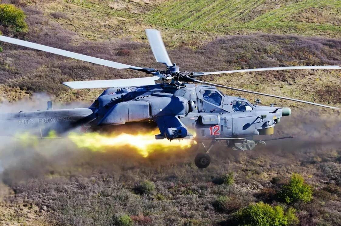 вертолеты с ракетами картинки мебель
