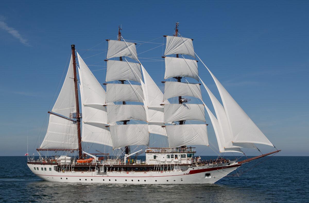 Фото или картинка корабль