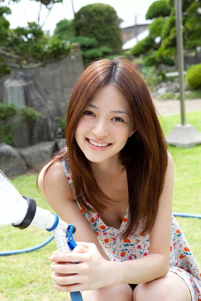 фото молодых азиаток обеспечивает огромное преимущество