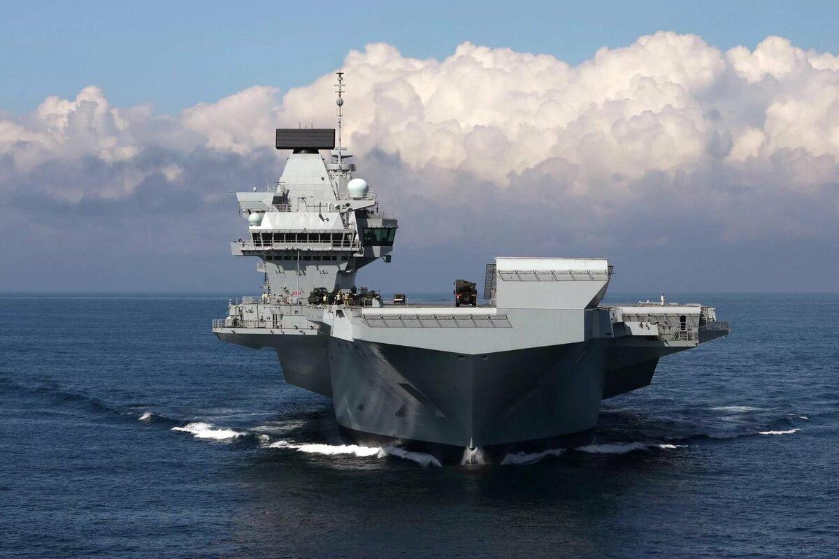 фото новый британский авианосец королева елизавета временем, крыльцо