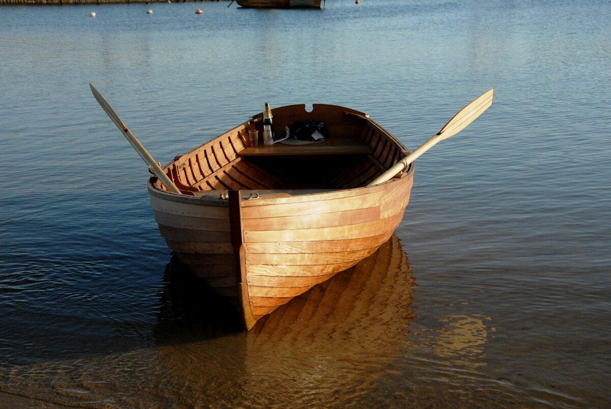 Картинка деревянной лодки для детей