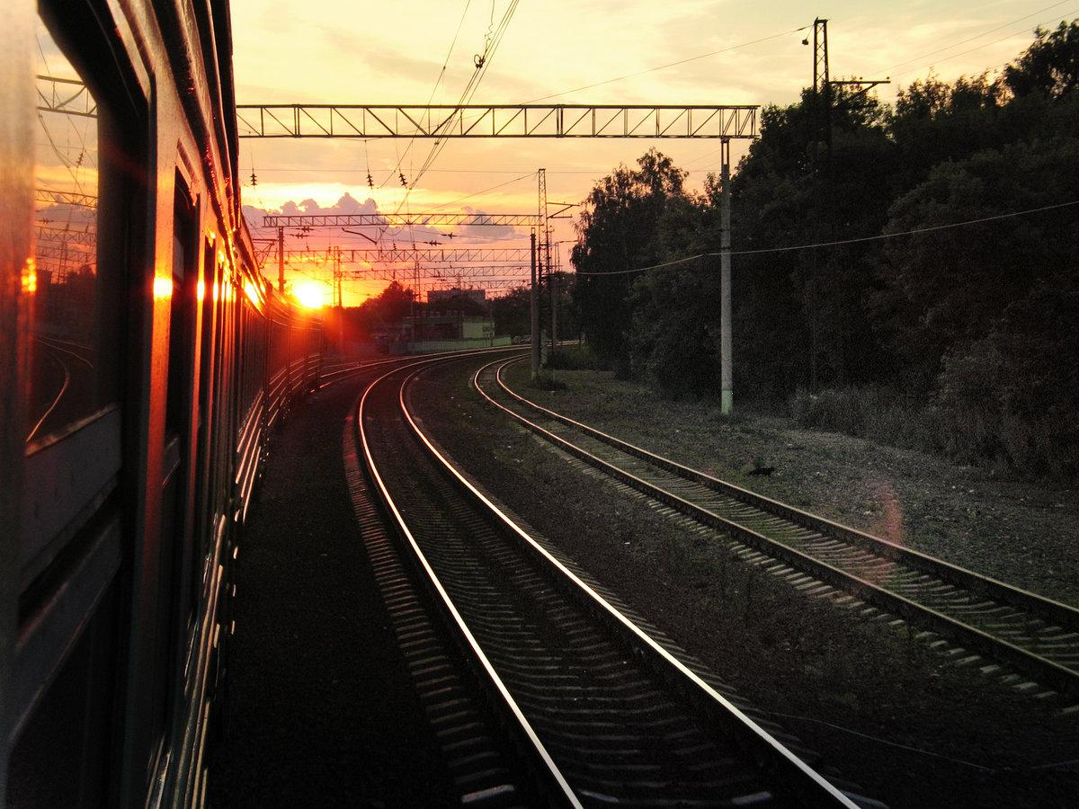 Поезд дорога картинка