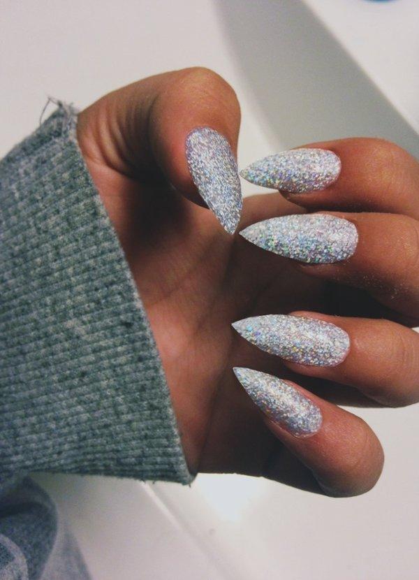 100 модных новинок: Маникюр на длинные ногти - дизайн 2018 с фото | 830x600
