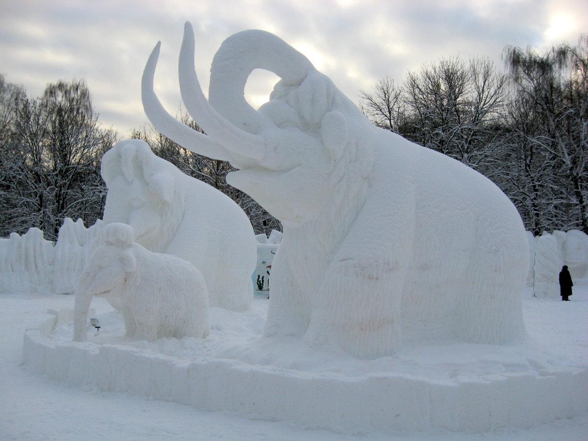 этом случае картинки фигур из снега устойчив влаге