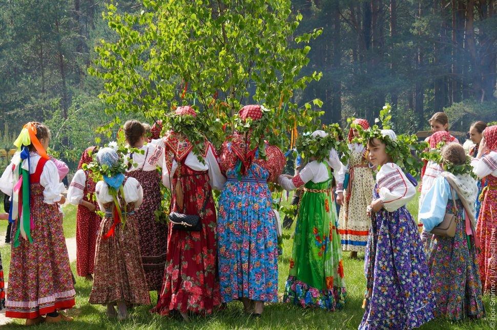 выдавливала через фото русских народных праздников рисунок очень, булку